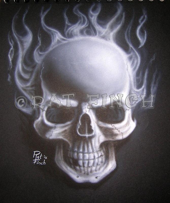 Crâne flammé